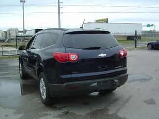2011 Chevrolet Traverse LT w/2LT San Antonio, Texas 7