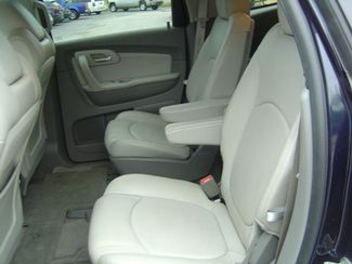 2011 Chevrolet Traverse LT w/2LT San Antonio, Texas 9