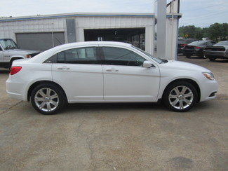 2011 Chrysler 200 Touring Houston, Mississippi 3