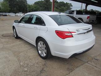 2011 Chrysler 200 Touring Houston, Mississippi 5