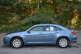 2011 Chrysler 200 LX Naugatuck, Connecticut 1