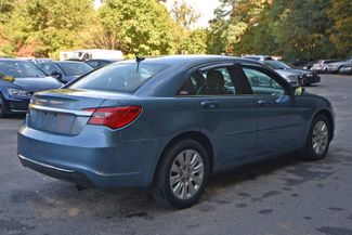 2011 Chrysler 200 LX Naugatuck, Connecticut 4