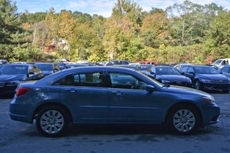 2011 Chrysler 200 LX Naugatuck, Connecticut 5