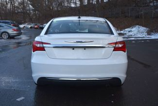2011 Chrysler 200 Touring Naugatuck, Connecticut 3