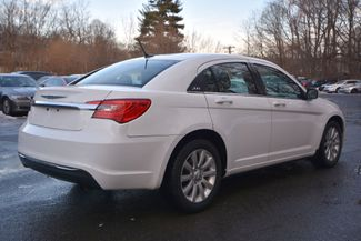 2011 Chrysler 200 Touring Naugatuck, Connecticut 4