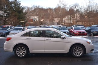 2011 Chrysler 200 Touring Naugatuck, Connecticut 5
