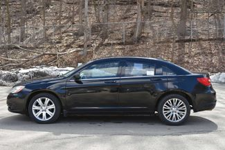 2011 Chrysler 200 Touring Naugatuck, Connecticut 1