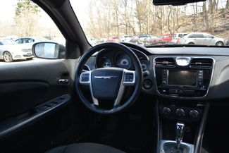 2011 Chrysler 200 Touring Naugatuck, Connecticut 10
