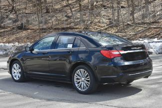 2011 Chrysler 200 Touring Naugatuck, Connecticut 2