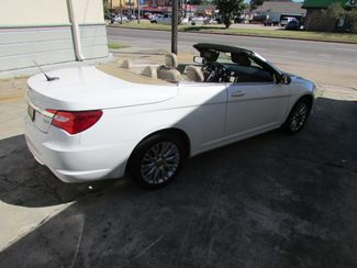 2011 Chrysler 200 Limited HARD TOP CONVERTIBLE New Orleans, Louisiana 10