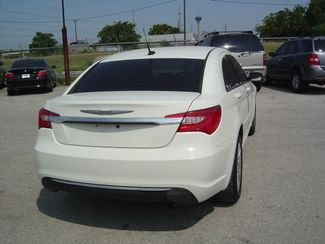 2011 Chrysler 200 LX San Antonio, Texas 5
