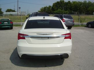 2011 Chrysler 200 LX San Antonio, Texas 6