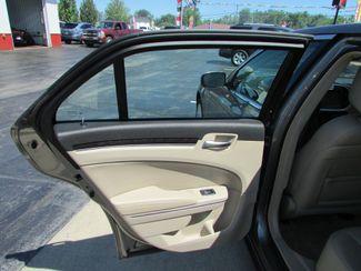 2011 Chrysler 300 Limited Fremont, Ohio 10