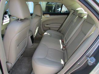 2011 Chrysler 300 Limited Fremont, Ohio 11