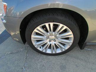 2011 Chrysler 300 Limited Fremont, Ohio 4