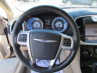 2011 Chrysler 300 Limited Fremont, Ohio 7