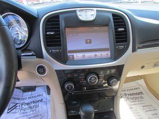 2011 Chrysler 300 Limited Fremont, Ohio 8