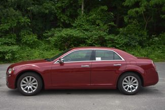 2011 Chrysler 300 Limited Naugatuck, Connecticut 1