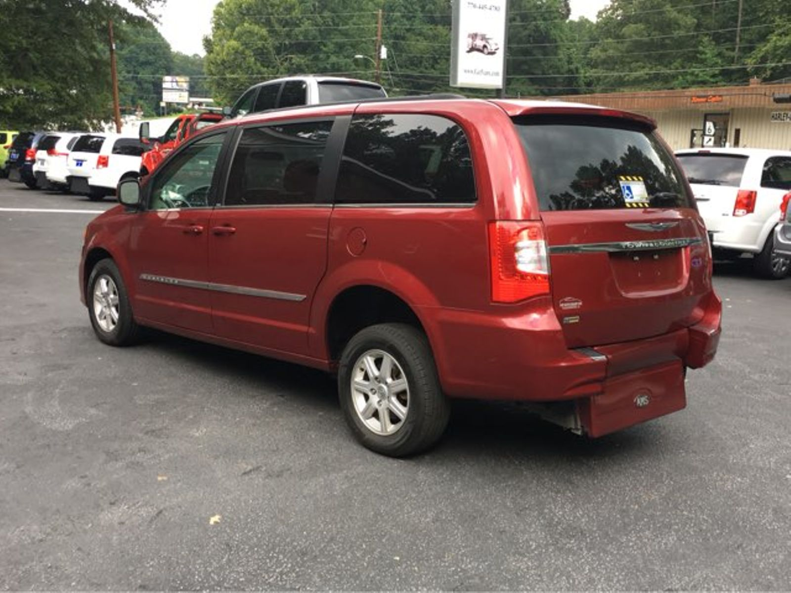 2011 red touring l handicap wheelchair accessible van used chrysler town country for sale. Black Bedroom Furniture Sets. Home Design Ideas