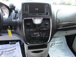 2011 Chrysler Town & Country Touring Fremont, Ohio 8