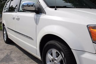 2011 Chrysler Town & Country Touring-L Hollywood, Florida 2