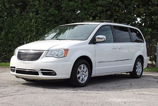 2011 Chrysler Town & Country Touring-L Hollywood, Florida 25