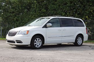 2011 Chrysler Town & Country Touring-L Hollywood, Florida 10