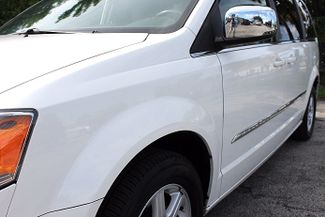 2011 Chrysler Town & Country Touring-L Hollywood, Florida 11