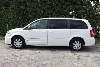 2011 Chrysler Town & Country Touring-L Hollywood, Florida 9
