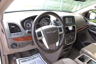 2011 Chrysler Town & Country Touring-L Hollywood, Florida 14