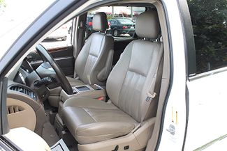 2011 Chrysler Town & Country Touring-L Hollywood, Florida 27
