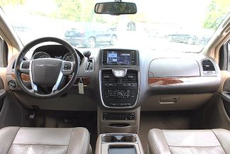 2011 Chrysler Town & Country Touring-L Hollywood, Florida 23