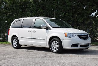 2011 Chrysler Town & Country Touring-L Hollywood, Florida 13