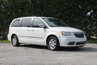 2011 Chrysler Town & Country Touring-L Hollywood, Florida 37