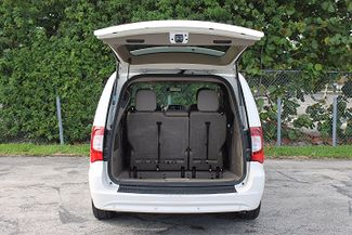 2011 Chrysler Town & Country Touring-L Hollywood, Florida 53