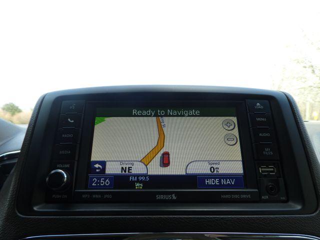 2011 Chrysler Town & Country Touring-L Leesburg, Virginia 30