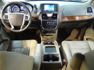 2011 Chrysler Town & Country Touring-L Little Rock, Arkansas 8