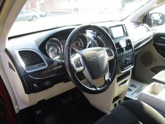 2011 Chrysler Town & Country Touring Milwaukee, Wisconsin 6