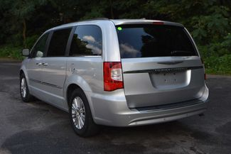 2011 Chrysler Town & Country Touring-L Naugatuck, Connecticut 2