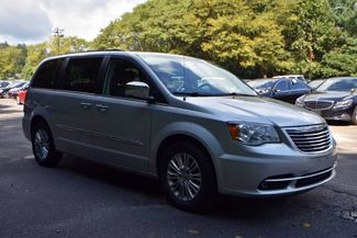 2011 Chrysler Town & Country Touring-L Naugatuck, Connecticut 6