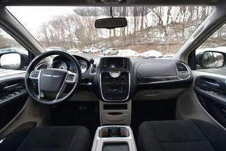 2011 Chrysler Town & Country Touring Naugatuck, Connecticut 17