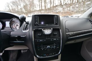 2011 Chrysler Town & Country Touring Naugatuck, Connecticut 22