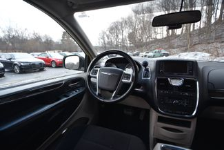2011 Chrysler Town & Country Touring Naugatuck, Connecticut 11