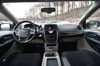 2011 Chrysler Town & Country Touring Naugatuck, Connecticut 12
