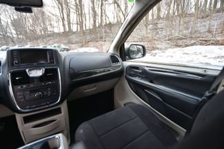 2011 Chrysler Town & Country Touring Naugatuck, Connecticut 13
