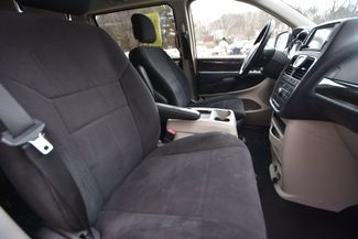 2011 Chrysler Town & Country Touring Naugatuck, Connecticut 8