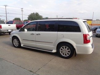 2011 Chrysler Town & Country Touring-L in Plano, Texas