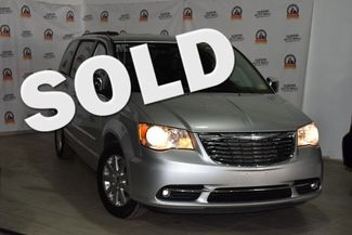 2011 Chrysler Town & Country Touring-L Richmond Hill, New York