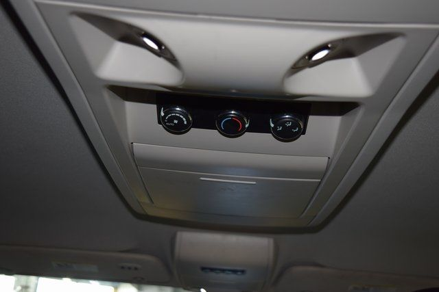 2011 Chrysler Town & Country Touring-L Richmond Hill, New York 13
