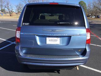 2011 Chrysler Town & Country Handicap Van Sulphur Springs, Texas 1